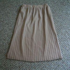 Zara beige pleated pull on midi skirt XS